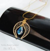 Golden Shades pendant by Lyriel-MoonShadow