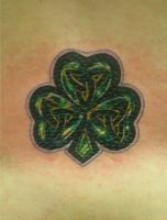 shamrock celtic by TimeToTakeBack