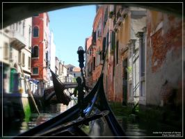 Inside the Channels of Venice. by pasavign