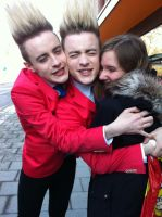 Jedward hug!! by Funny-horsey