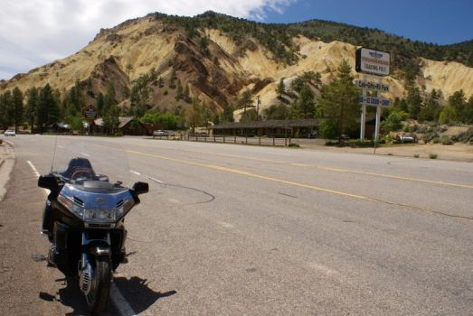 Goldwing somewhere in Utah by PaSidor
