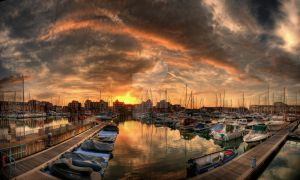 Evening at the Harbour by wreck-photography
