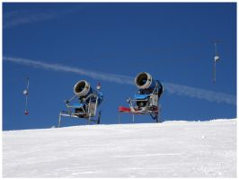 Snow cannons by r3akc3