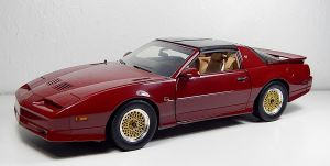 GreenLight 1989 Pontiac Trans Am GTA in Maroon by Firehawk73-2012