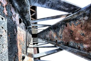 Cross Bracing and Corrosion by basseca
