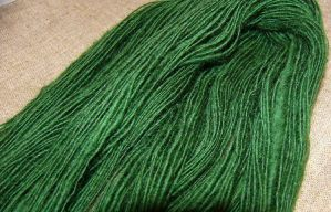 Green spinning singles--finish by mailledragon