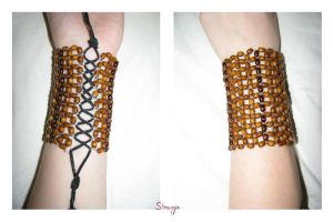 wooden bracelet by Sizhiven