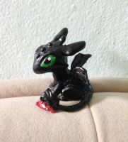 A little bit of Toothless made of clay by NoreyDragon