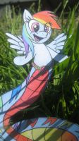 Rainbow Dash Loves You (in color) by spectrum-sparkle