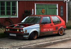 VW Golf hoodride by CrazyTurk