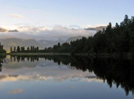 Lake Matheson New Zealand 02 by es32
