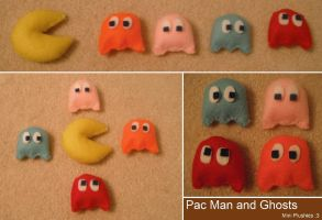 Pac Man + Ghost Plushies by TombRaiderKuchen