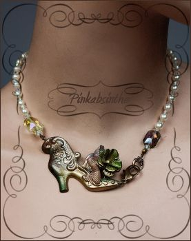 marie antoinette shoe necklace by Pinkabsinthe