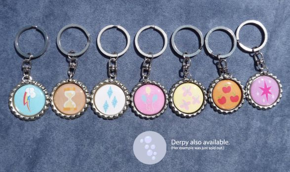 MLP Bottlecap Keychains by leighanief