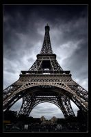 Eiffel Tower by xMEGALOPOLISx