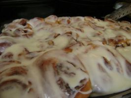 Homemade Cinnamon Rolls by Genflag