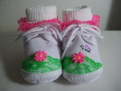 Baby Shoes - Flower Garden 1 by Sindy-Chan