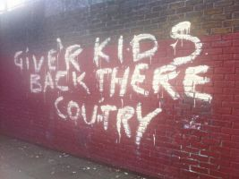 London Riots: Graffiti Fail by Ugghhzilla