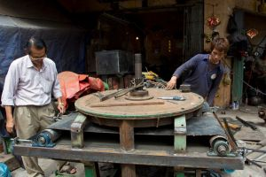 Metal workers by watto58