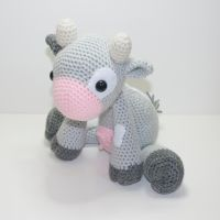 Daisy the Cow by Heartstringcrochet