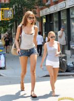 Minigiantess Irina Shayk in NYC by lowerrider