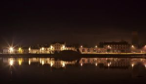 Inveraray harbour at night by ZenonSt