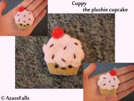 Cuppy the Cupcake Plushie by AzureFalls