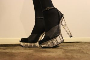 High heels by Amarie-Tinuviel
