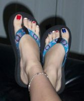 Soft Painted Toes by KasumiReikaMichelle