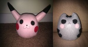 Pikachu and Pusheen by McCuddly