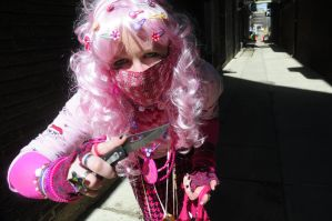 Decora: Playing with Knifes by Kiyoko-Hime