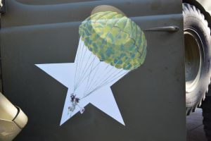 Decoration of Army rescue van of 1944 by A1Z2E3R
