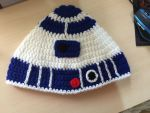 R2D2 hat by safi-chan