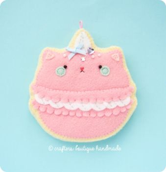 Cat Macaroon Sugar Cookie Charm Pattern by CraftersBoutique