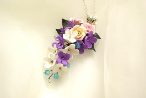 Necklacke with Roses and Lilacs by Phorosw