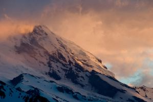 Mt. Rainier at Sunset by sgwizdak