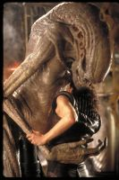Aliens Newborn And Ripley 8 Hugging by accailia118