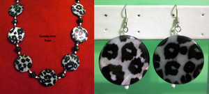Black-White Leopard Shell Set by BloodRed-Orchid