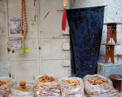 Still life - Damascus Gate by dpt56