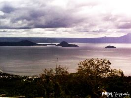 taal lake overlooking by vhive