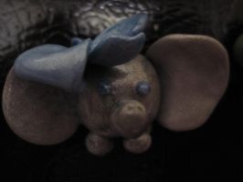 Elephant Magnet by SugiAi