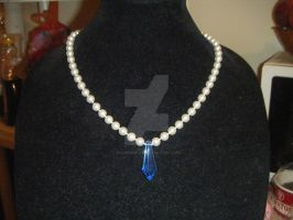 Sapphire Gem's Neclace finished by Beadedwolf22