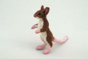 Needle felted field mouse 2 by creturfetur