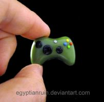 Halo Green Xbox 360 Controller by egyptianruin