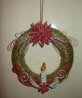 Quilling wreath at Christmas by pinterzsu