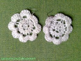crochet flower earrings by szczurek2725