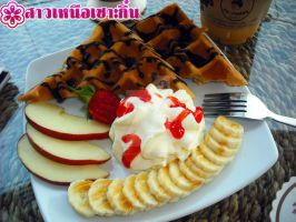 Waffle with banana apple whipping cream by anemoneploy