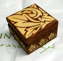 Beautiful pyrography Art Nouveau wooden box by YANKA-arts-n-crafts