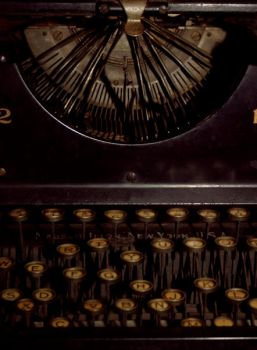 type writer by youstolemysoul2