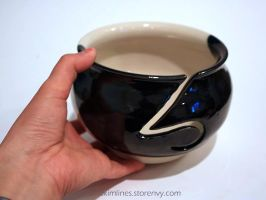 First completed yarn bowl by skimlines